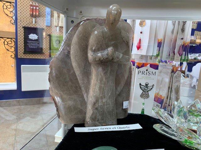 statue16